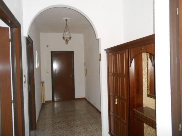 Appartamento in vendita a Cairo Montenotte, 4 locali, prezzo € 78.000 | Cambio Casa.it