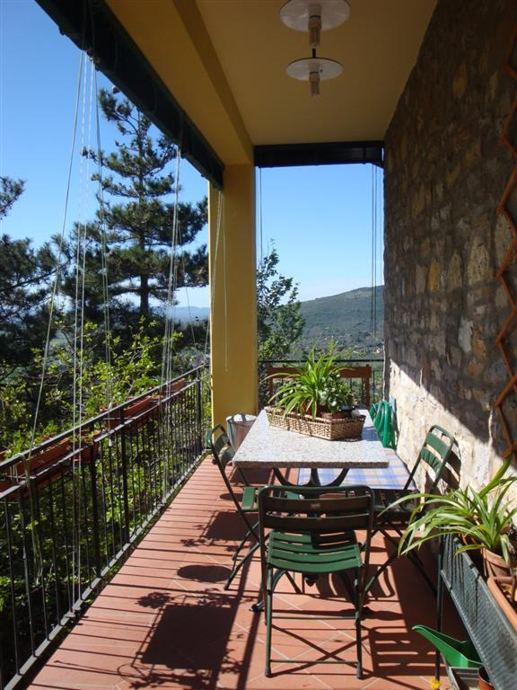 Villa in vendita a Cortona, 8 locali, zona Località: CENTRO STORICO, Trattative riservate | Cambio Casa.it
