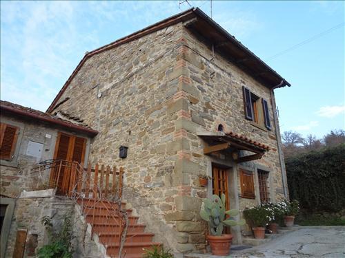 Soluzione Indipendente in vendita a Cortona, 5 locali, zona Località: MONTANARE, prezzo € 180.000 | CambioCasa.it