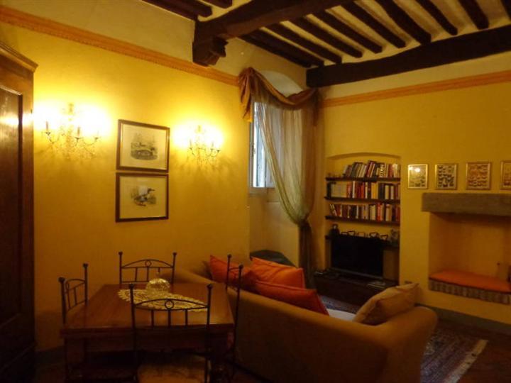 Appartamento in affitto a Cortona, 3 locali, zona Località: CENTRO STORICO, prezzo € 450   Cambio Casa.it