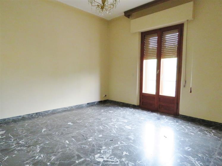Appartamento in affitto a Cortona, 5 locali, zona Zona: Camucia, prezzo € 600 | Cambio Casa.it