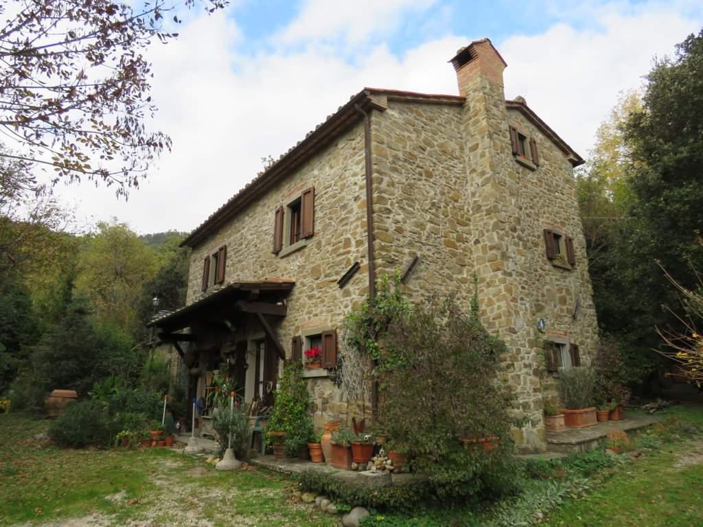 Soluzione Indipendente in vendita a Cortona, 5 locali, zona Località: PERGO, prezzo € 460.000 | CambioCasa.it