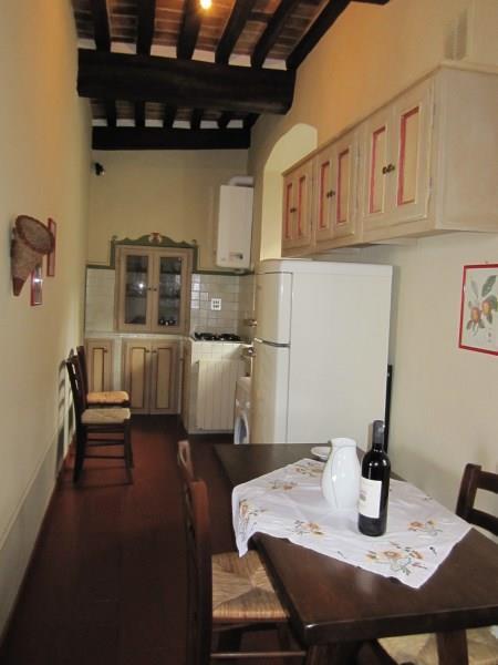 Appartamento in affitto a Cortona, 1 locali, zona Località: CENTRO STORICO, prezzo € 400 | Cambio Casa.it