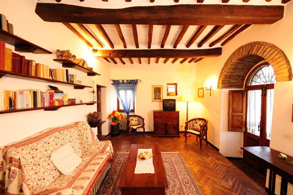 Soluzione Indipendente in vendita a Cortona, 5 locali, zona Zona: Ossaia, prezzo € 650.000 | CambioCasa.it