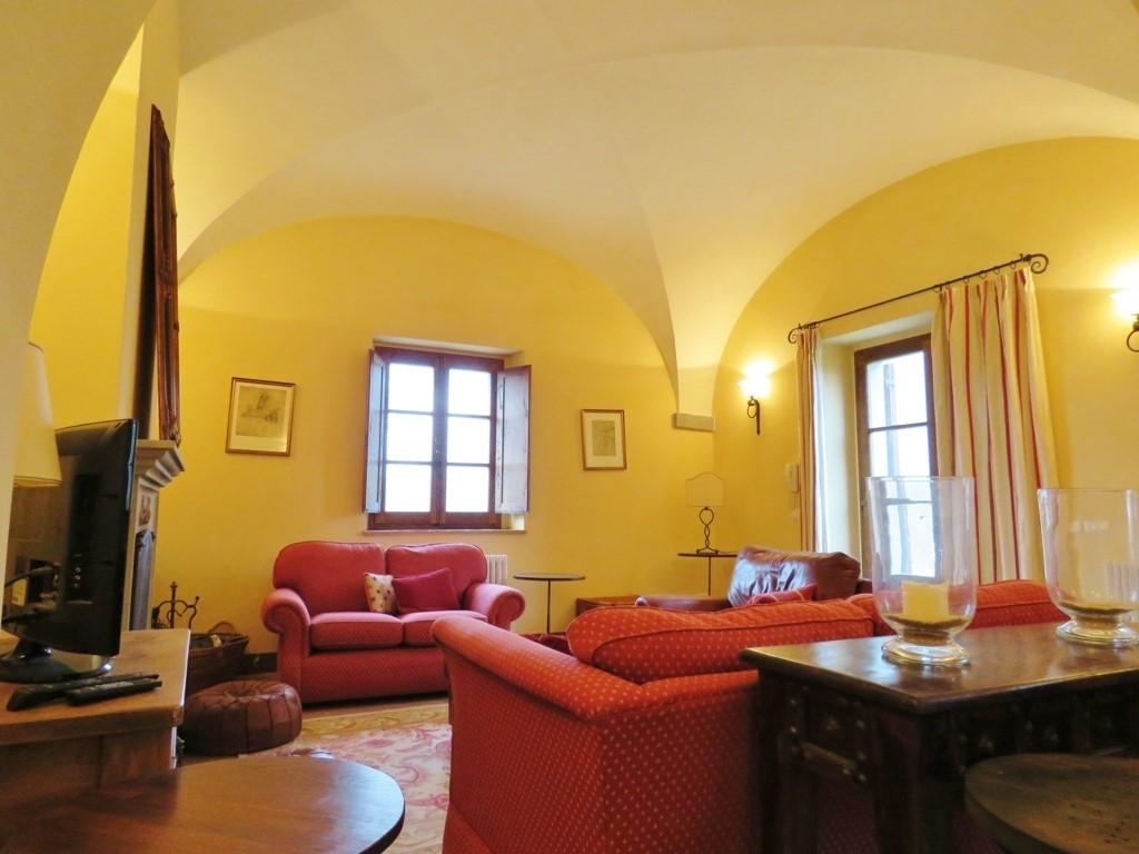 Rustico / Casale in affitto a Cortona, 3 locali, prezzo € 900 | Cambio Casa.it