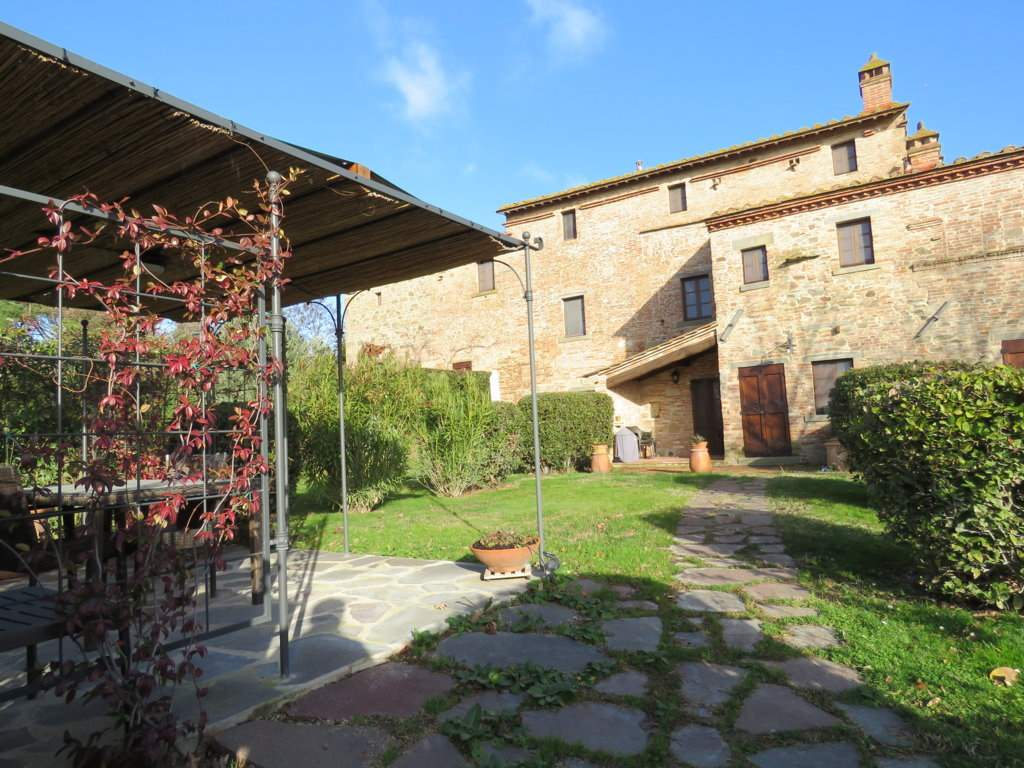 Soluzione Indipendente in vendita a Cortona, 5 locali, prezzo € 379.000 | CambioCasa.it