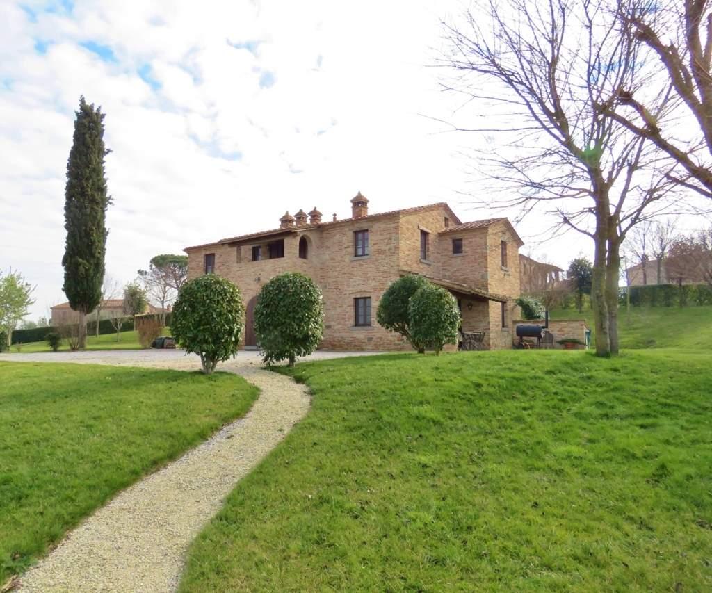 Soluzione Indipendente in vendita a Cortona, 9 locali, prezzo € 1.500.000 | Cambio Casa.it