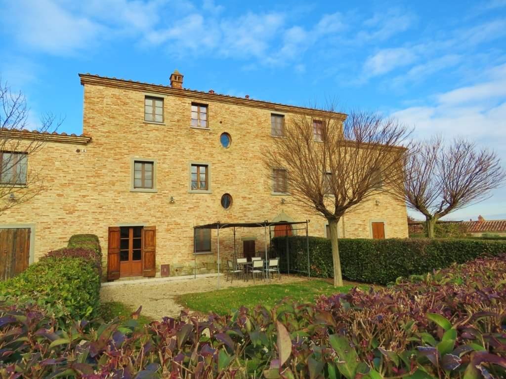 Soluzione Indipendente in vendita a Cortona, 5 locali, prezzo € 410.000 | Cambio Casa.it