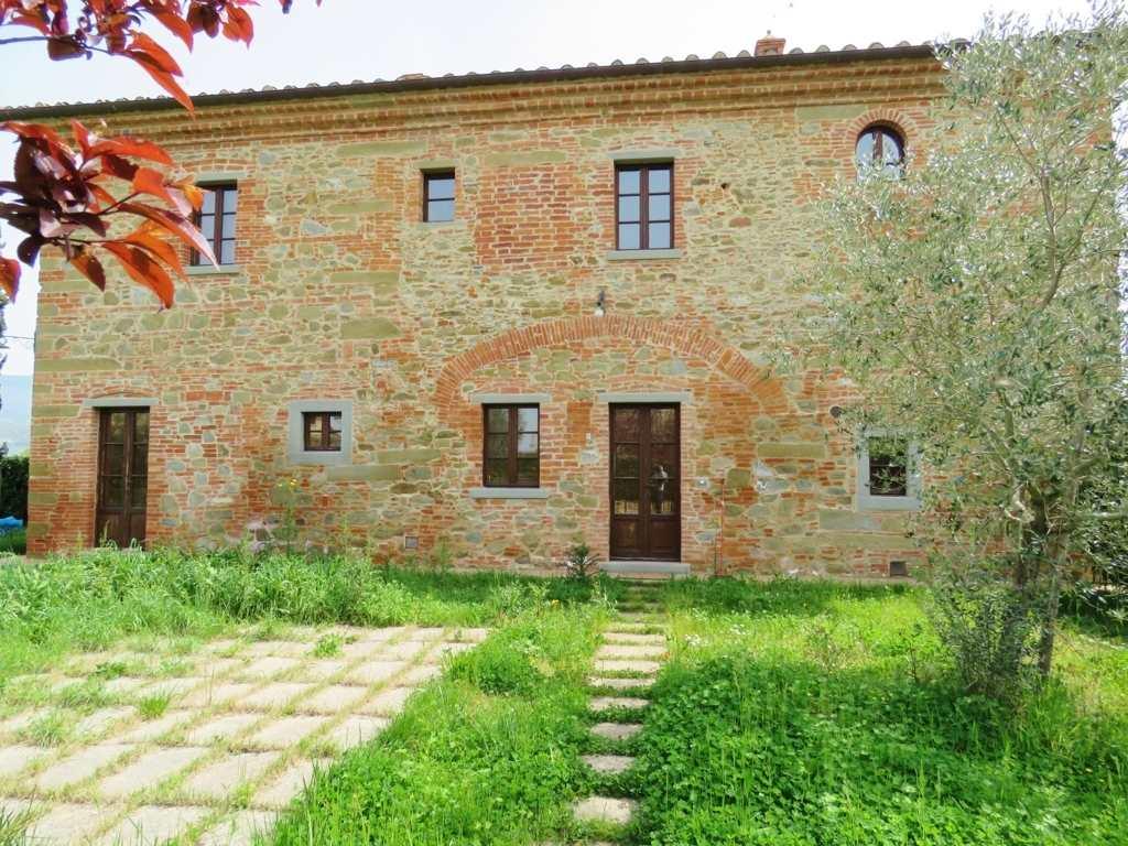 Soluzione Indipendente in vendita a Cortona, 4 locali, prezzo € 148.000 | Cambio Casa.it