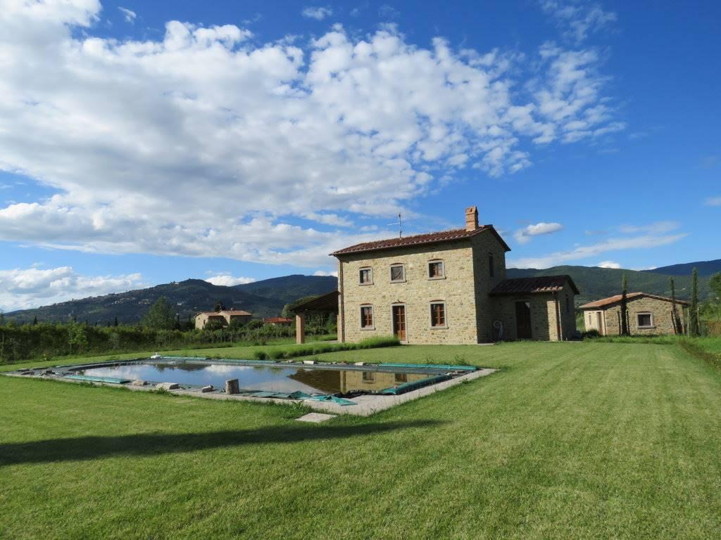 Soluzione Indipendente in vendita a Cortona, 6 locali, zona Zona: Ossaia, prezzo € 600.000 | Cambio Casa.it