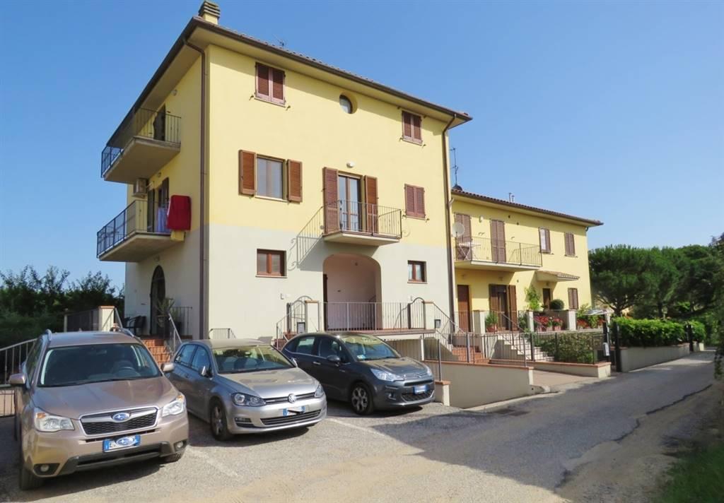 Appartamento in vendita a Cortona, 4 locali, zona Zona: Fratta-Santa Caterina, prezzo € 120.000 | Cambio Casa.it