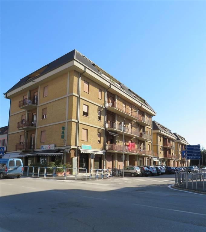 Appartamento in vendita a Cortona, 5 locali, zona Zona: Camucia, prezzo € 102.000 | CambioCasa.it