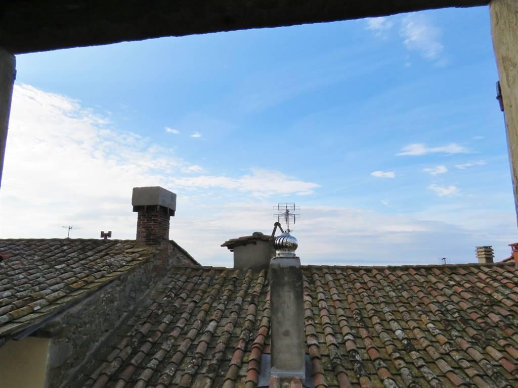 Soluzione Indipendente in vendita a Cortona, 8 locali, zona Località: CORTONA CENTRO, prezzo € 360.000 | CambioCasa.it