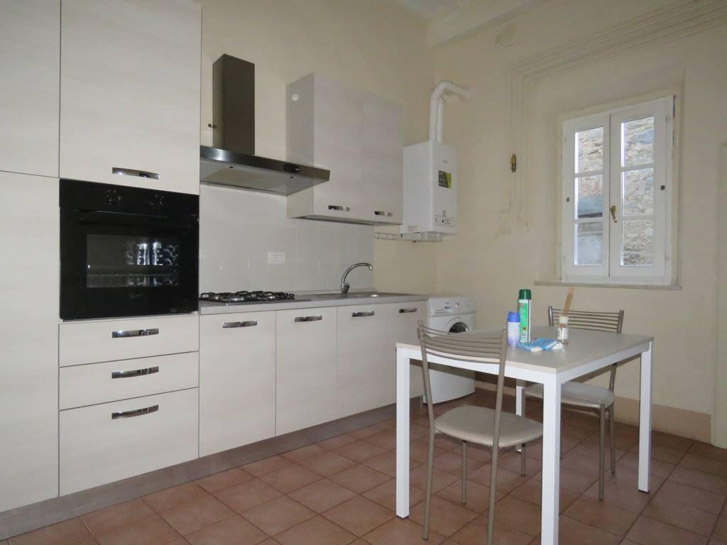 Appartamento in affitto a Cortona, 3 locali, zona Località: CENTRO STORICO, prezzo € 400 | Cambio Casa.it