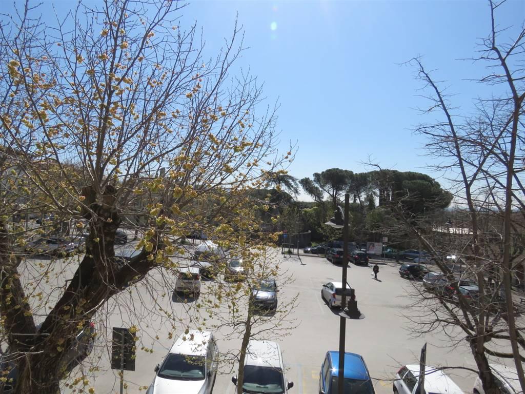 Appartamento in vendita a Cortona, 5 locali, zona Zona: Camucia, prezzo € 99.000 | Cambio Casa.it