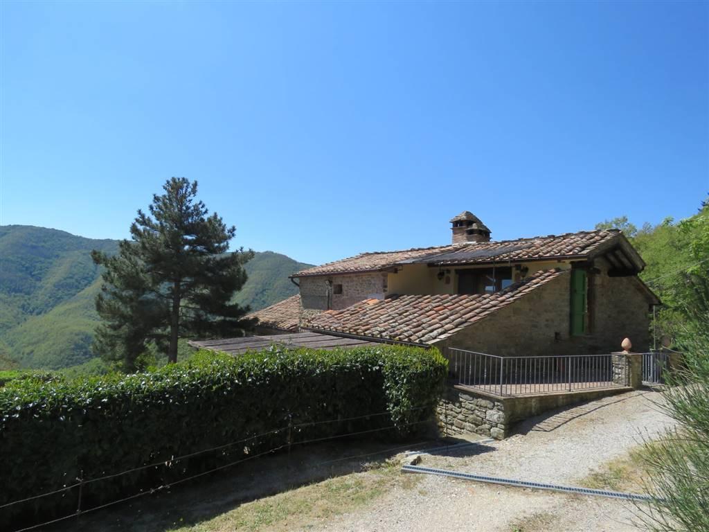 Soluzione Indipendente in vendita a Cortona, 6 locali, zona Località: PORTOLE, prezzo € 850.000 | CambioCasa.it