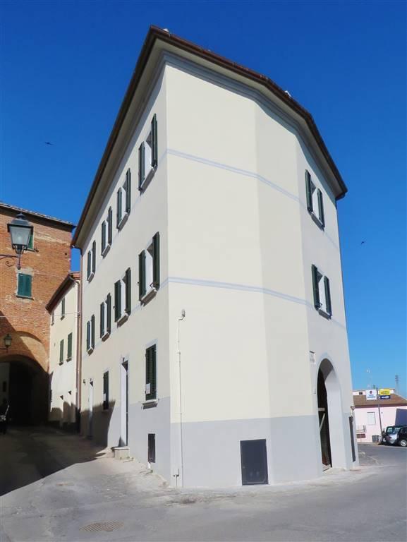 Appartamento in affitto a Foiano della Chiana, 4 locali, prezzo € 490 | Cambio Casa.it