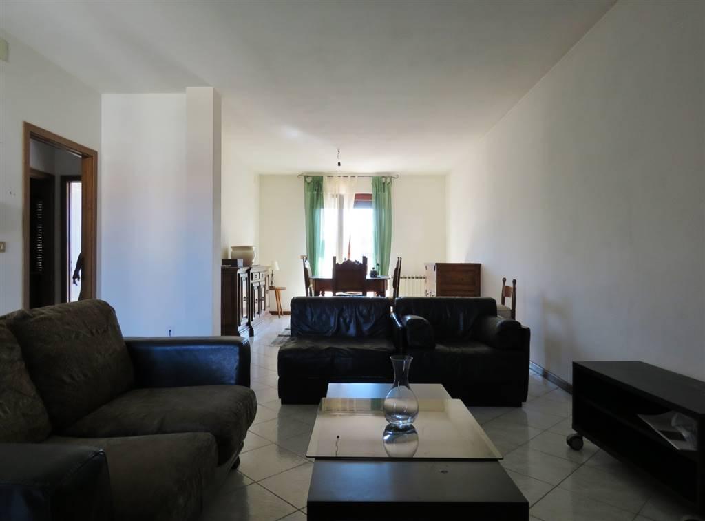 Appartamento in vendita a Marciano della Chiana, 4 locali, zona Zona: Cesa, prezzo € 100.000 | CambioCasa.it