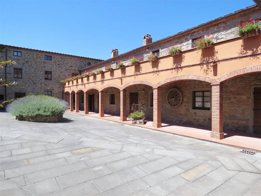 Appartamento in vendita a Cortona, 4 locali, zona Località: PERGO, prezzo € 300.000   CambioCasa.it