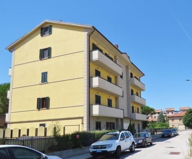 Appartamento in vendita a Cortona, 4 locali, zona Zona: Camucia, Trattative riservate   CambioCasa.it