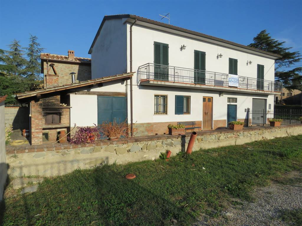 Soluzione Indipendente in vendita a Cortona, 8 locali, zona Zona: Monsigliolo, prezzo € 165.000 | CambioCasa.it