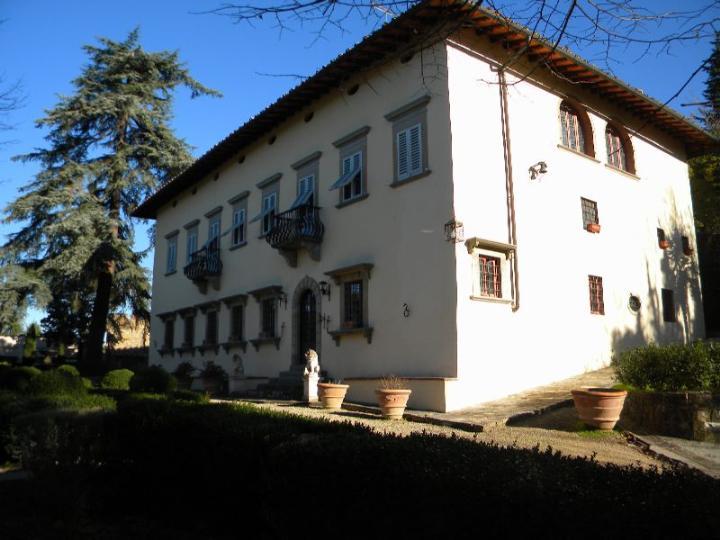 Appartamento in vendita a Impruneta, 9 locali, zona Zona: Tavarnuzze, prezzo € 820.000   Cambio Casa.it