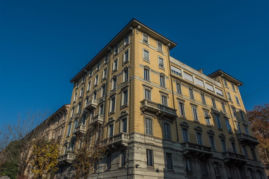 Appartamento in vendita a Milano, 5 locali, zona Zona: 6 . V Giornate, XXII Marzo, P.ta Romana, Viale Corsica, Tribunale, Policlinico, prezzo € 2.000.000 | Cambio Casa.it