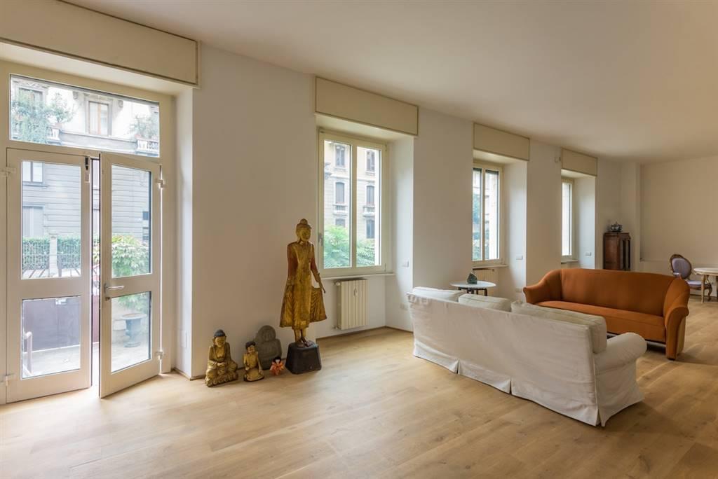 Appartamento in vendita a Milano, 5 locali, zona Località: CORSO ITALIA, MISSORI, prezzo € 1.750.000 | Cambio Casa.it