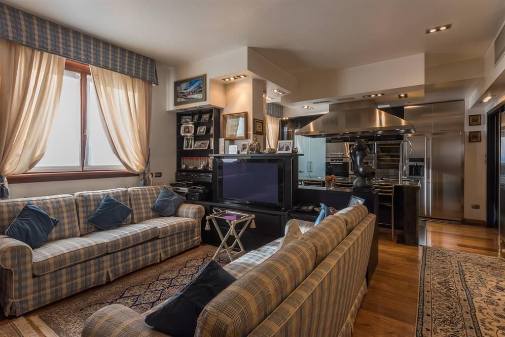 Appartamento in vendita a Milano, 5 locali, zona Località: MONUMENTALE, prezzo € 1.500.000 | Cambio Casa.it