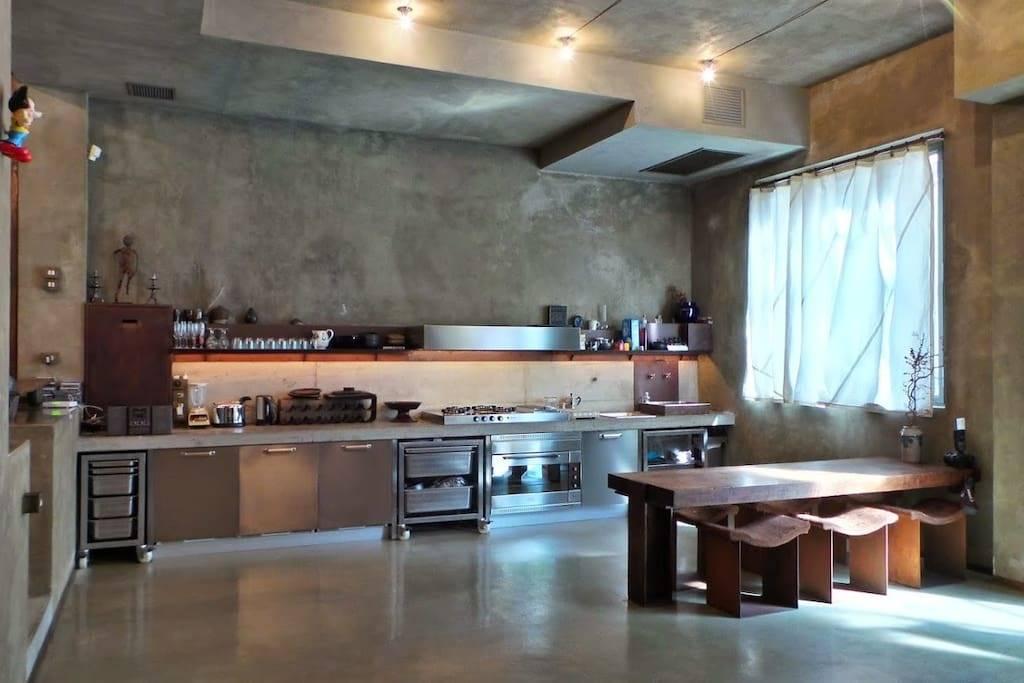 Appartamento in vendita a Milano, 3 locali, zona Zona: 8 . Bocconi, C.so Italia, Ticinese, Bligny, prezzo € 830.000 | Cambio Casa.it