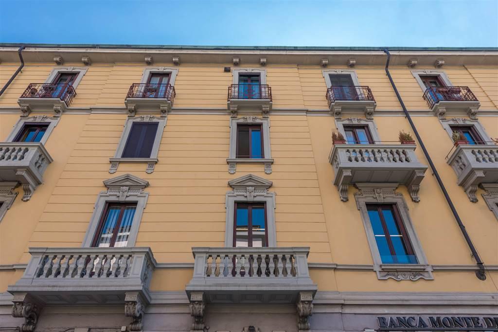 Appartamento in vendita a Milano, 3 locali, zona Zona: 15 . Fiera, Firenze, Sempione, Pagano, Amendola, Paolo Sarpi, Arena, prezzo € 840.000   CambioCasa.it