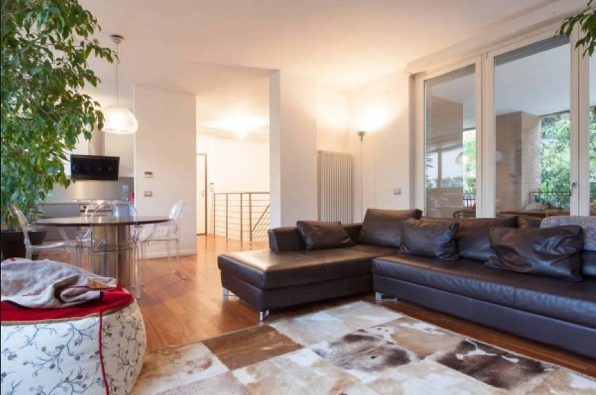 Appartamento in vendita a Milano, 4 locali, zona Zona: 14 . Lotto, Novara, San Siro, QT8 , Montestella, Rembrandt, prezzo € 860.000 | Cambio Casa.it