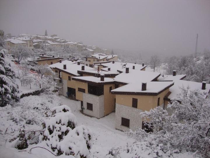 Villa in vendita a Rocca di Mezzo, 1 locali, zona Zona: Fontavignone, prezzo € 65.000 | Cambio Casa.it