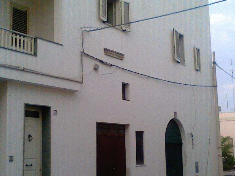 Soluzione Indipendente in vendita a Minervino di Lecce, 4 locali, prezzo € 60.000 | Cambio Casa.it