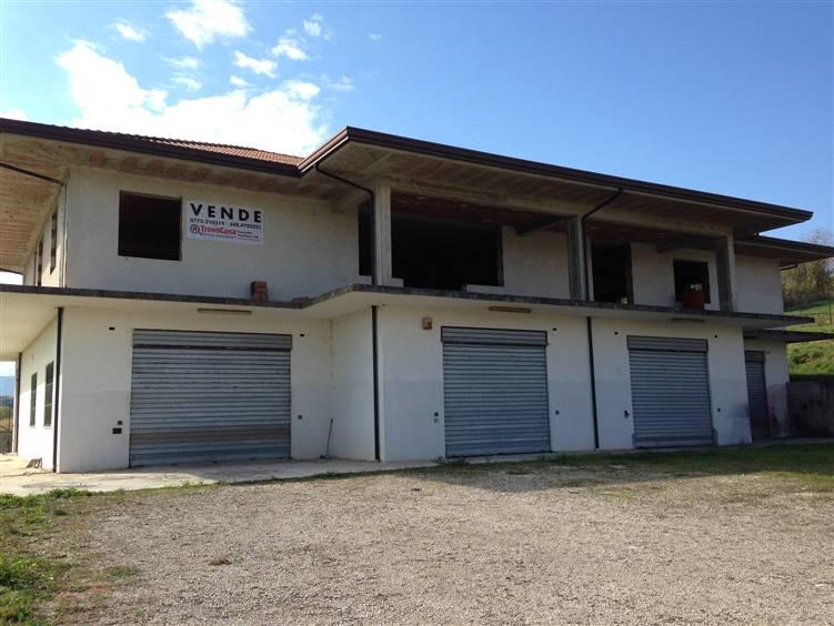 Negozio / Locale in vendita a Ripi, 9999 locali, zona Località: SEMICENTRO, prezzo € 650.000 | CambioCasa.it