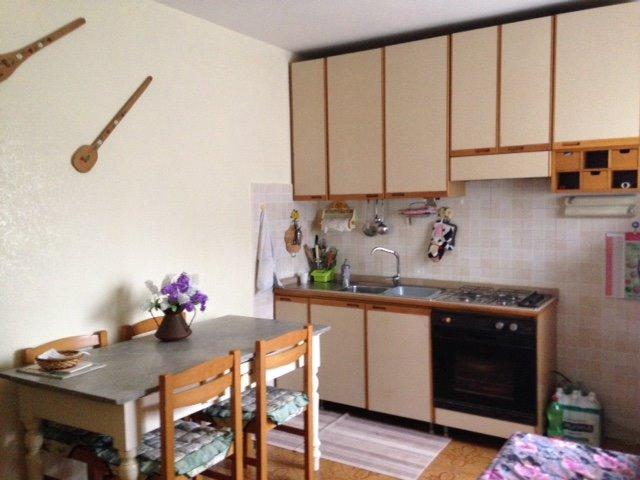 Soluzione Indipendente in affitto a Veroli, 2 locali, zona Zona: Castelmassimo, prezzo € 400 | Cambio Casa.it