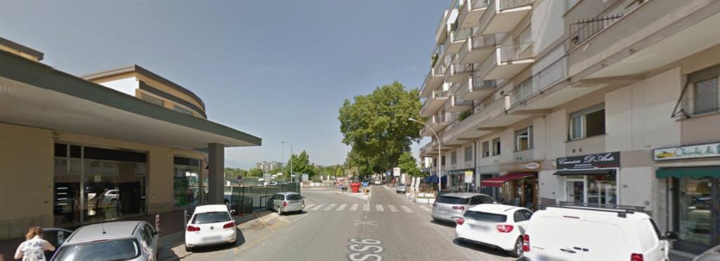 Ufficio / Studio in affitto a Frosinone, 6 locali, zona Zona: Centro, prezzo € 800 | CambioCasa.it