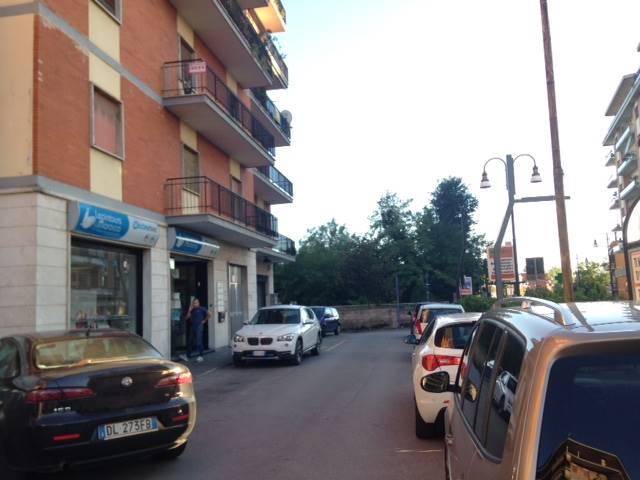 Ufficio / Studio in vendita a Frosinone, 7 locali, zona Zona: Centro, prezzo € 156.000 | Cambio Casa.it