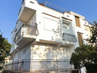 Appartamento in vendita a Fondi, 6 locali, prezzo € 108.000 | Cambio Casa.it