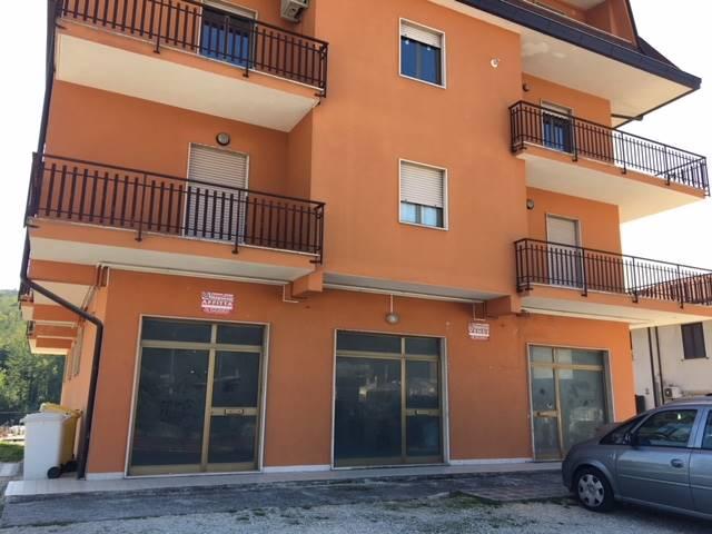 Negozio / Locale in vendita a Veroli, 2 locali, Trattative riservate | CambioCasa.it