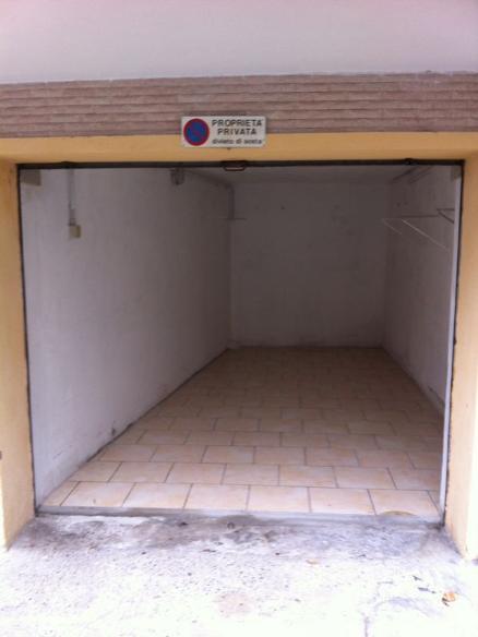 garage-Box-posto auto  in Affitto a Noli