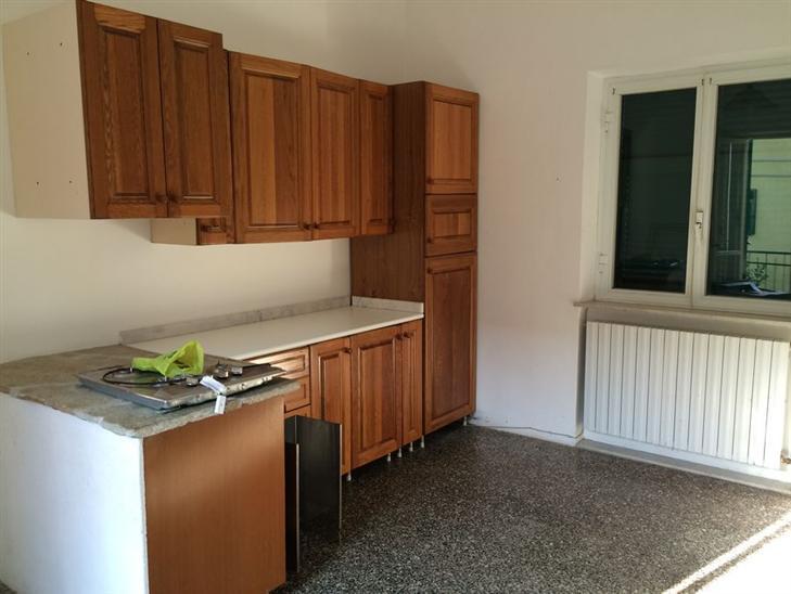 Appartamento in affitto a Noli, 4 locali, zona Zona: Voze, prezzo € 650 | Cambio Casa.it