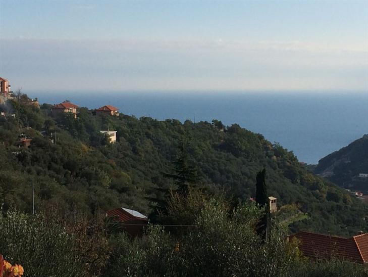 Villa in vendita a Noli, 7 locali, prezzo € 265.000 | Cambio Casa.it