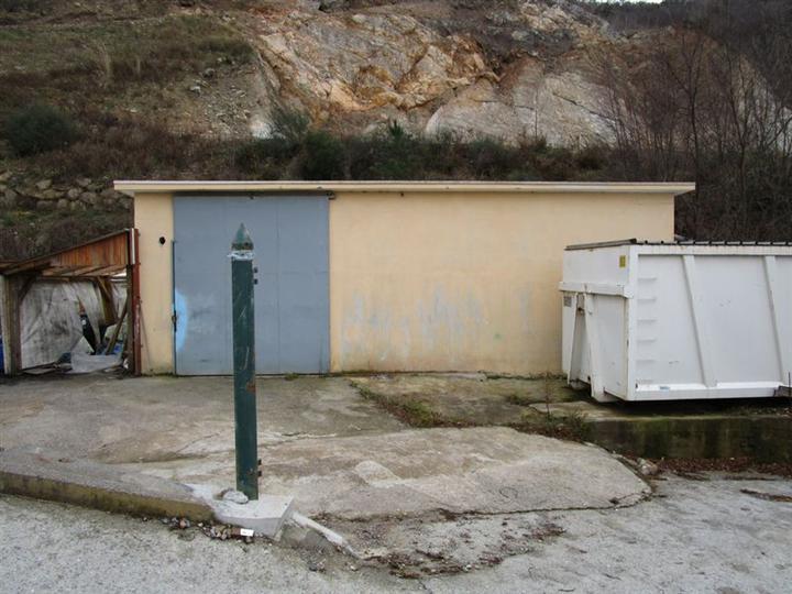 Magazzino in affitto a Vezzi Portio, 1 locali, prezzo € 450 | Cambio Casa.it