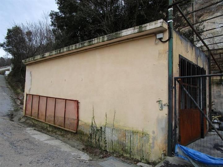 Magazzino in affitto a Noli, 1 locali, prezzo € 250 | Cambio Casa.it