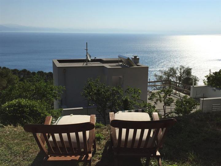 Villa in affitto a Bergeggi, 2 locali, Trattative riservate | CambioCasa.it