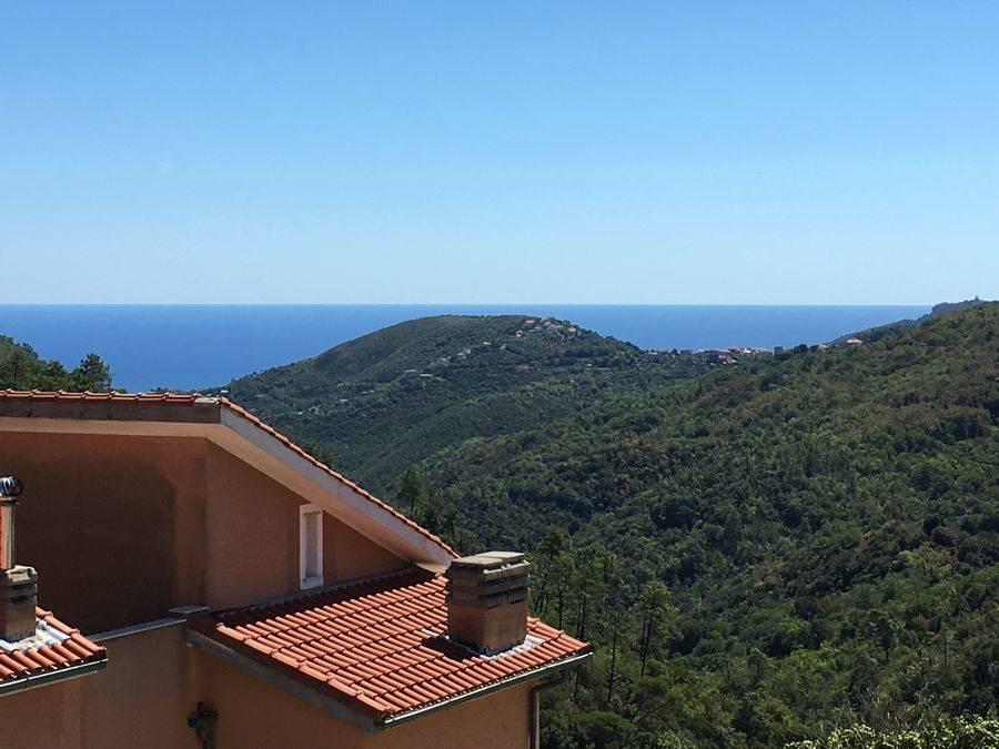 Appartamento in vendita a Vezzi Portio, 2 locali, prezzo € 110.000 | Cambio Casa.it