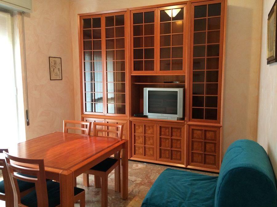 Appartamento in affitto a Spotorno, 3 locali, prezzo € 600 | Cambio Casa.it