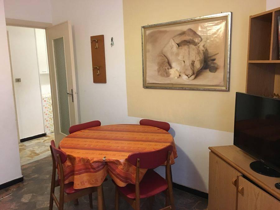 Appartamento in affitto a Spotorno, 2 locali, prezzo € 550 | Cambio Casa.it