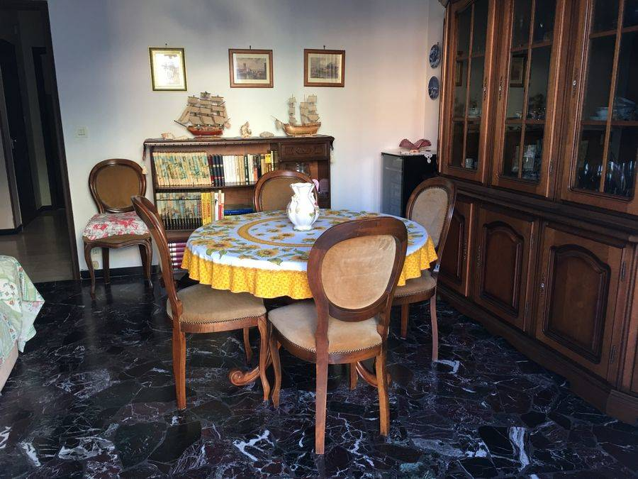 Appartamento in affitto a Spotorno, 4 locali, prezzo € 600 | Cambio Casa.it